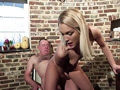 Teenie leaves grandpa to fuck her for good