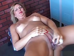 Pulling old spunker wishes you were fucking her juicy pussy