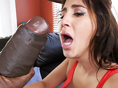Latina rescuer obtain an orgasm from monster dick