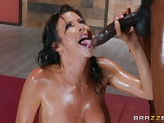 In lieu be required of of massage horny Alexis Fawx gets a hard client's penis