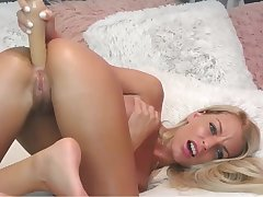 Slim Blond Hair Lady Babe Assfucking Masturbating - webcam