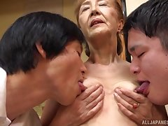 Threesome with mature Asano Taeko is a fantasy be advantageous to those horny dudes