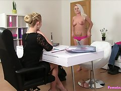 Amateur blode girl gets fucked relating to a strapon by the female agent
