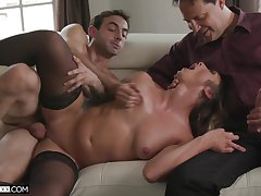 Filthy girl Piper Cox has an observer while a lover does her pussy some good