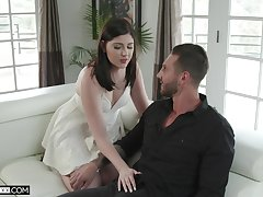 Nasty tie the knot Miranda Miller is fucked by young lover in front be expeditious for cut corners